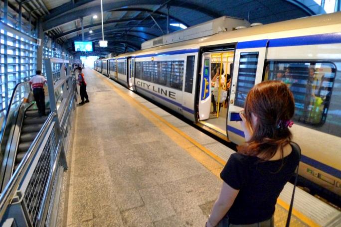 Как добраться из аэропорта Бангкока до центра на метро