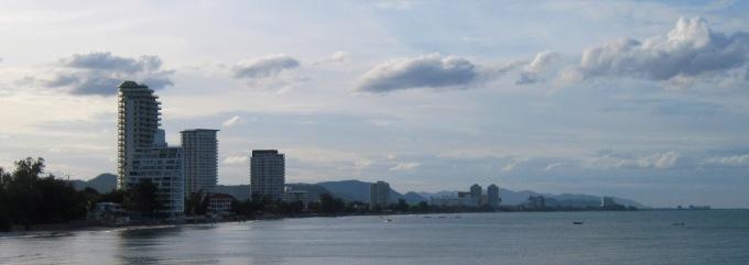 Как добраться до Хуахина из Бангкока автобусом / поездом
