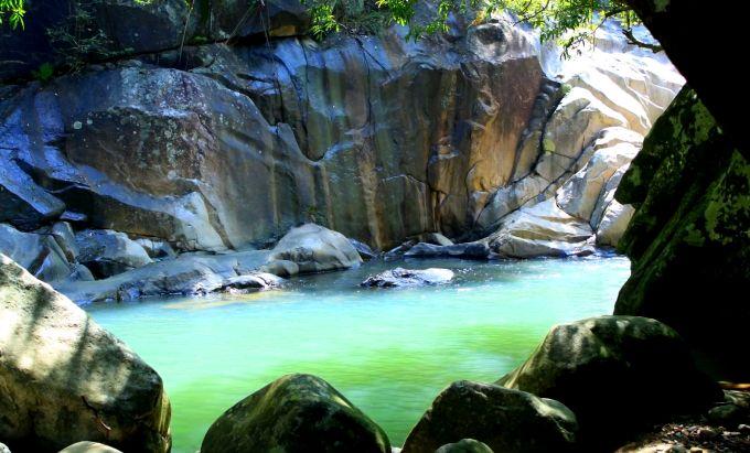 Водопады Ба Хо вблизи Нячанга, Вьетнам