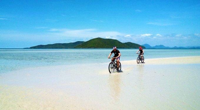 Велоспипедные прогулки по Самуи пляж Ламай