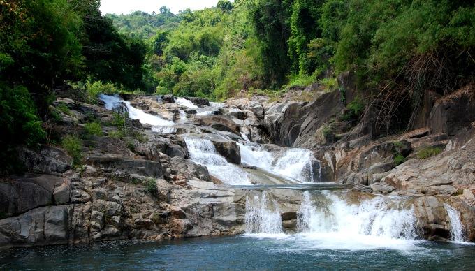 Водопад Янгбей в Нячанге, Вьетнам