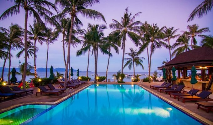 Отель Coco Palm Beach на пляже Маенам