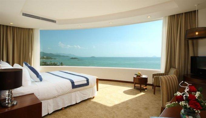 Отель Michelia с собственным пляжем