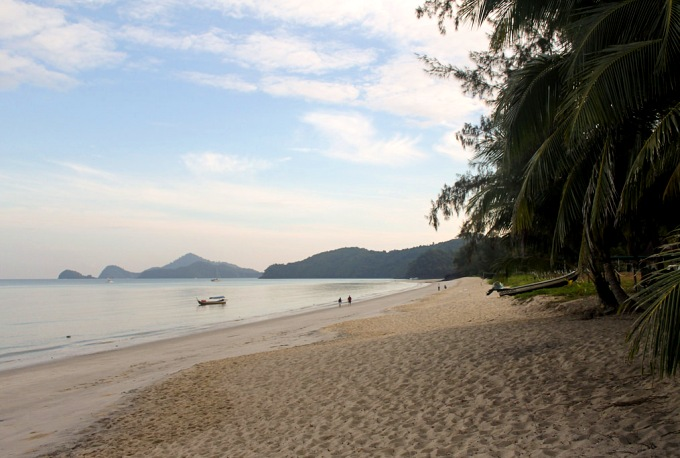 Пантай Тенгах - пляж на Лангкави