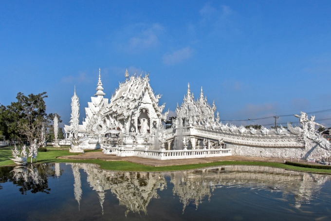 Белый храм Ват Ронг Кхун в Таиланде