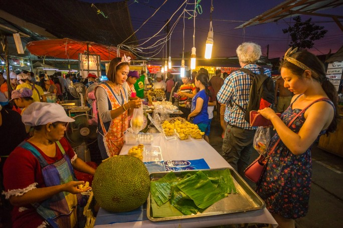 Цены на фрукты на Пхукете Таиланд 2019