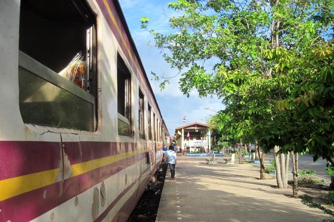Добраться поездом из Бангкока в Чиангмай