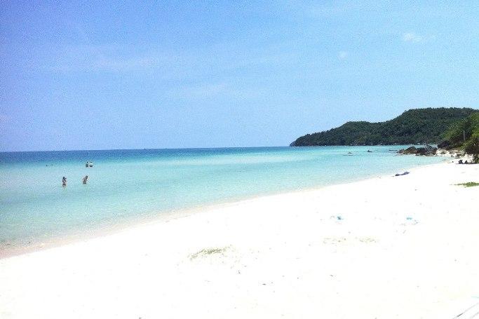 Песок на пляже Бай Сао