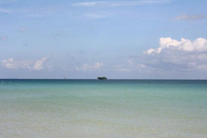 Море у пляжа Бай Дай на острове Фукуок
