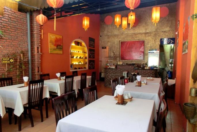 Ресторан Lanterns Нячанг, здесь можно поесть