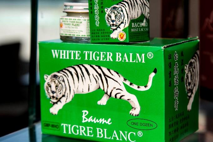 """Какие лекарства привезти из Вьетнаме - мазь """"Белый тигр"""""""