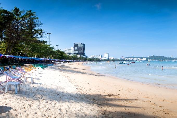 Главный пляж города - Паттайя бич