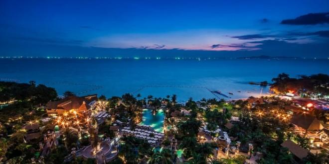 Пляж Вонгамат в Паттайе, Таиланд