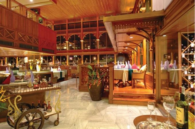Ресторан Royal Grill Room & Wine Cellar Паттайя