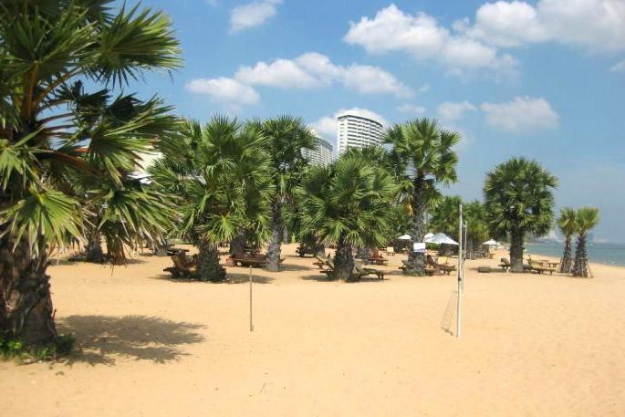 Пляж отель Dor-Shada в Паттайе, Таиланд