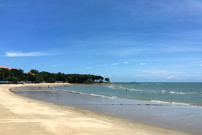 Погода в феврале на одном из пляжей Паттайи