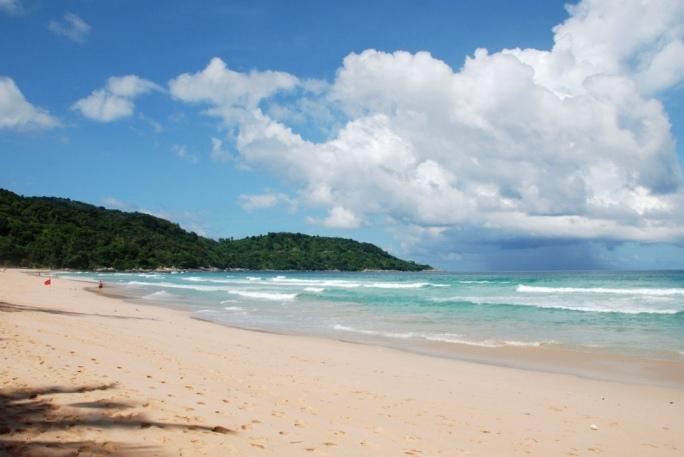 Пляж на Пхукете для отдыха с детьми - Ката Ной