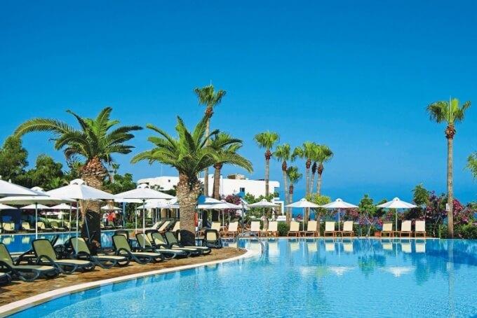 Лучшие отели Кипра для отдыха с детьми все включено - Айя-Напа