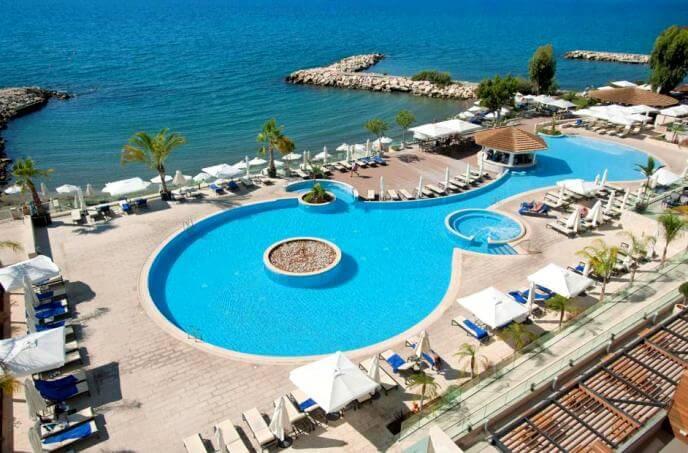 Отель для отдыха с ребенком на Кипре, Лимассол