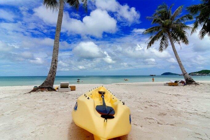 Куда поехать на Новый год 2017 недорого на море