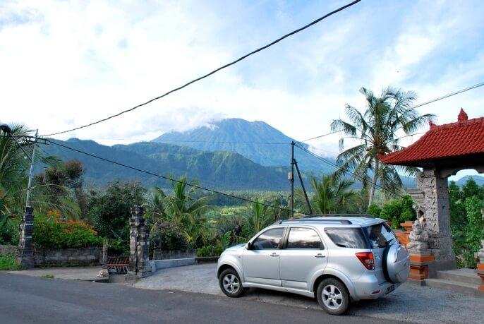 Аренда автомобиля на Бали