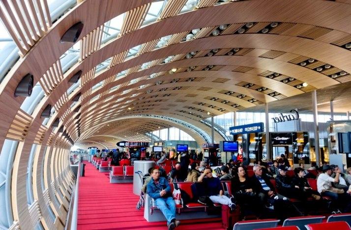 Как добраться из аэропорта Шарль-де-Голль до Парижа