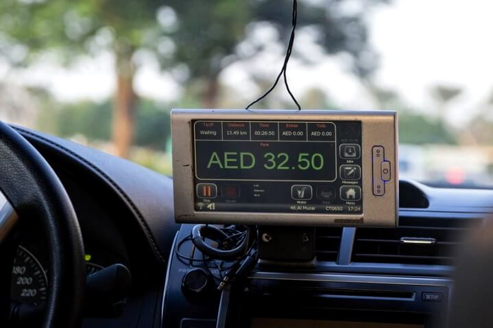 Такси и трансфер из аэропорта Дубаи без предоплаты