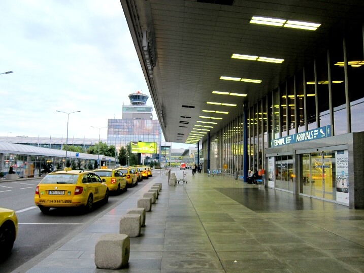 Трансфер из аэропорта Праги в Карловы Вары
