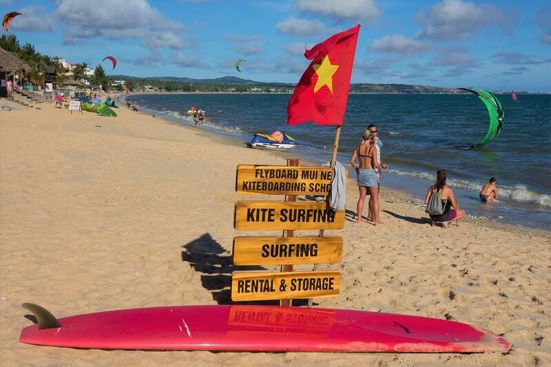 Кайтинг и серфинг в Муйне