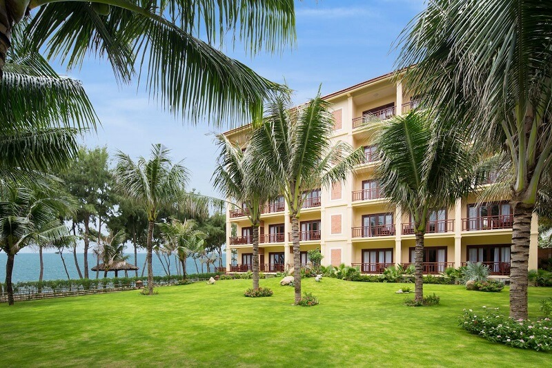 Территория отеля Sunny Beach