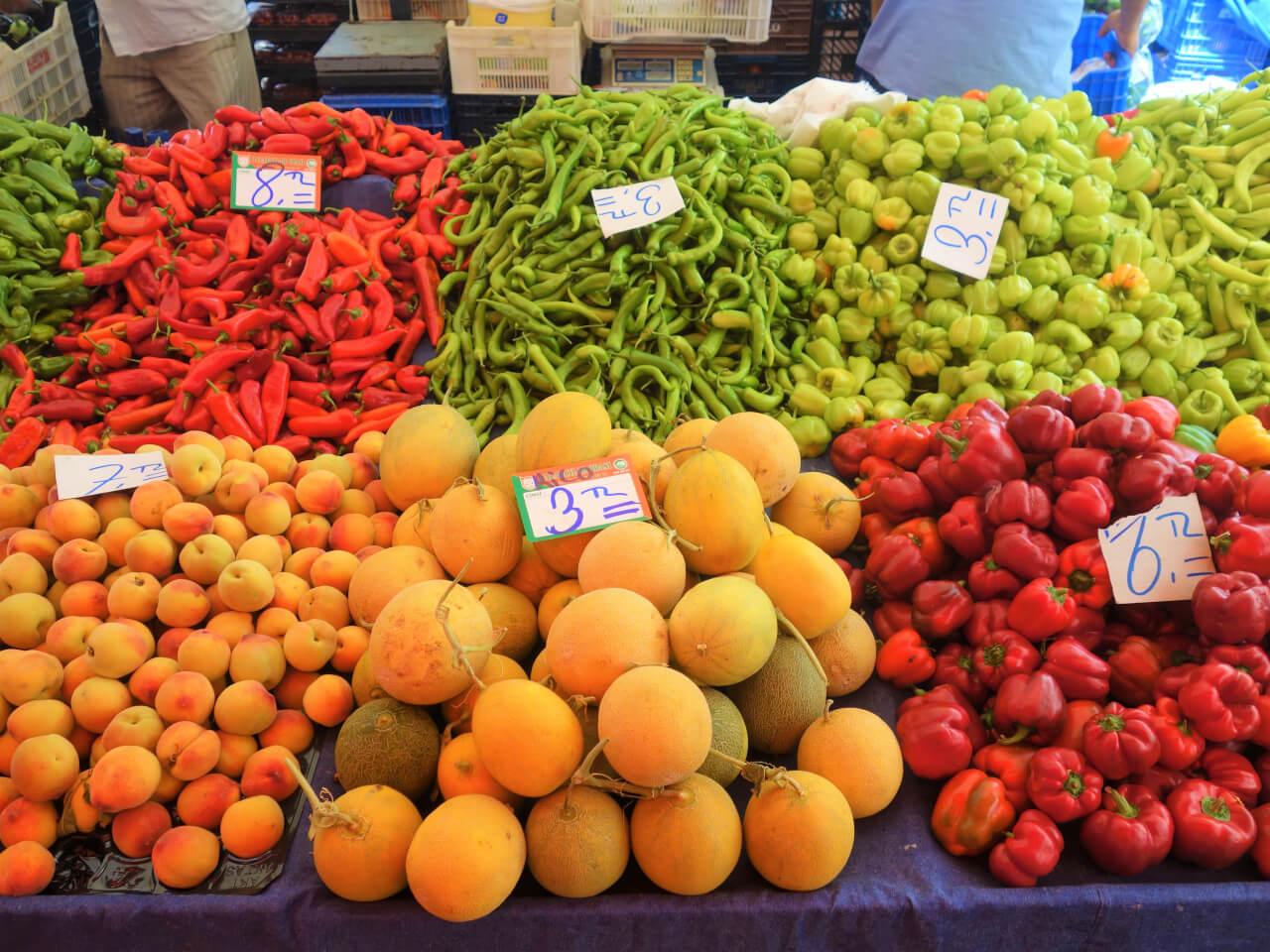 Сколько стоят фрукты и овощи в Турции